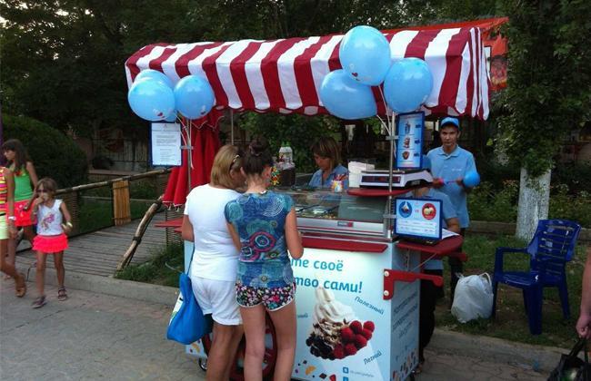 Продажа мороженого в летнее время