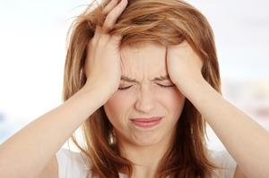 Описание симптомов заложенности ушей