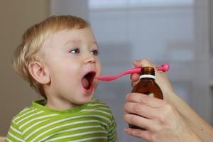 Особенности лечения ангины у детей до трёх и 3 лет