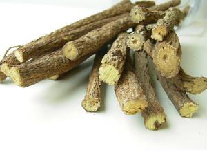 В состав Коделака входит корень солодки