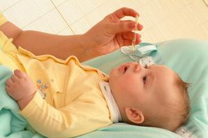 Особенности лечения детского насморка соком каланхоэ